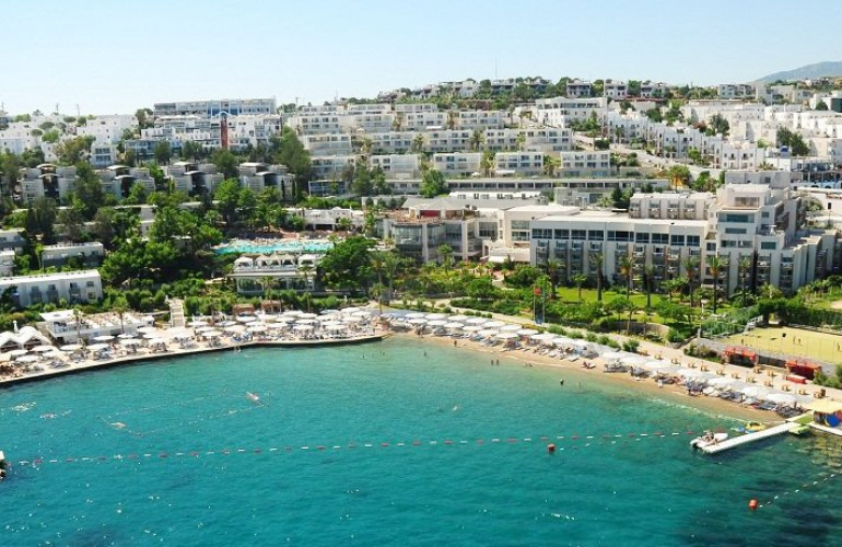 Isis Hotel & Spa 5*